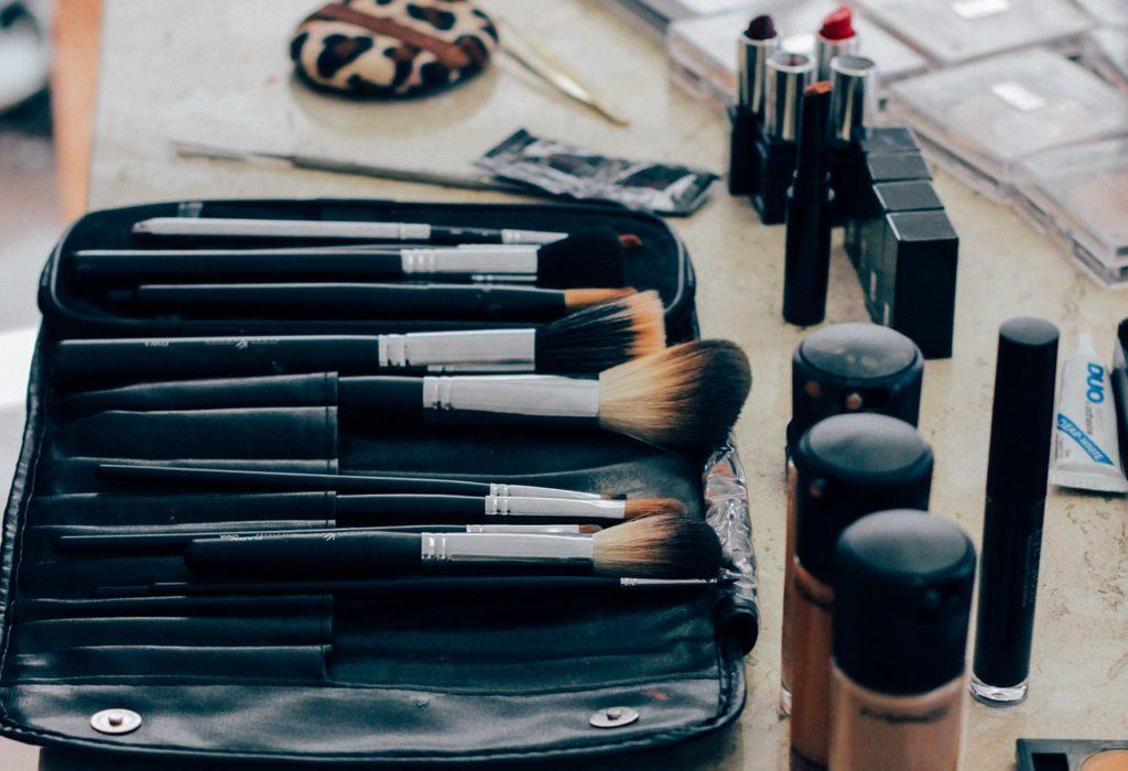 Corso Gratuito: Consulente make-up - Promimpresa Srl