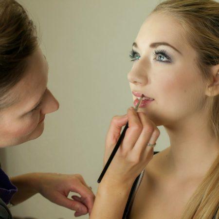 Corso gratuito: Consulente make-up
